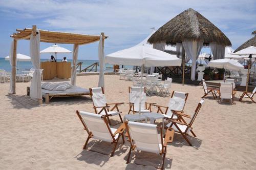 tiki beach1