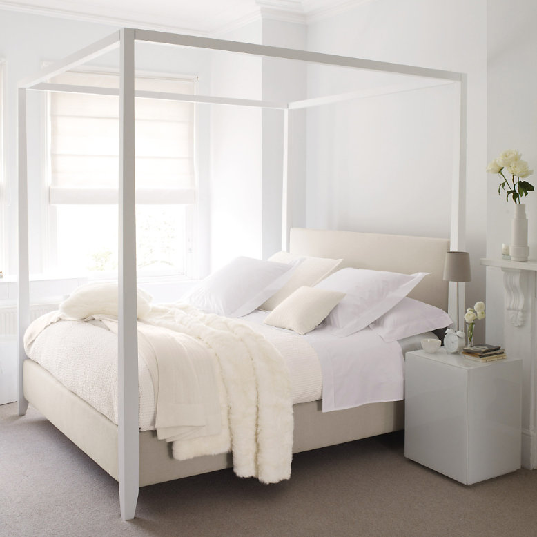 white company four poster